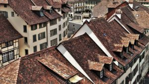 Four Simple Signs that You Need a New Roof Installation