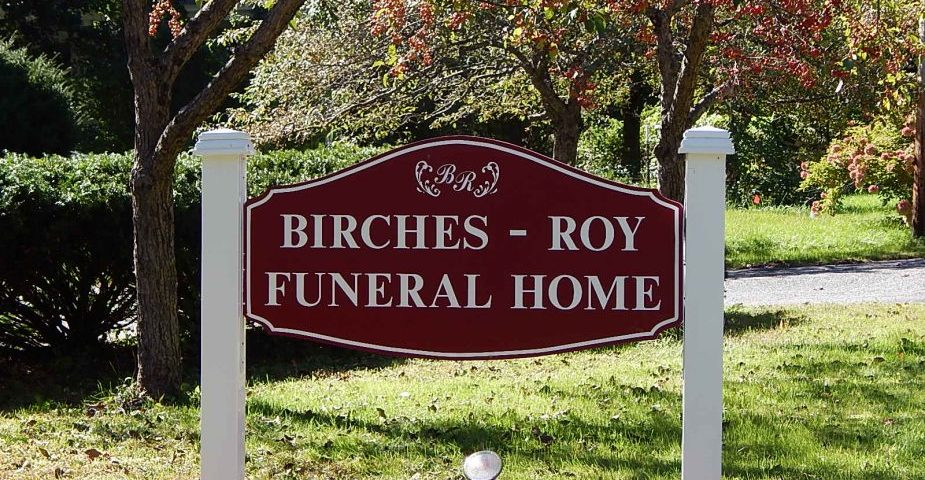 What You Need To Know About Funeral Home Services